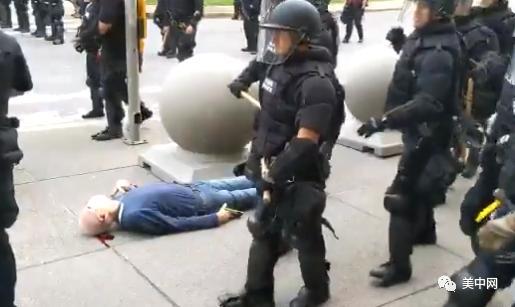 """明州不再允许警察""""锁喉"""" 纽约老人抗议中遭暴力执法 警局57人集体辞职"""