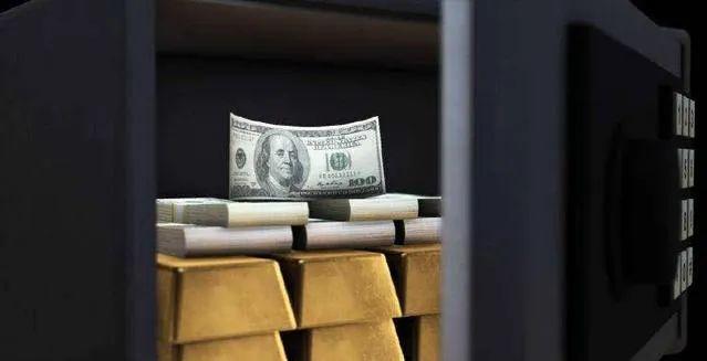 窃贼难防,华人家庭离家遭盗窃,60磅的保险箱直接被抬走