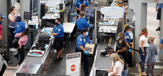 放松对外国或外州旅行限制 CDC删除隔离14天建议